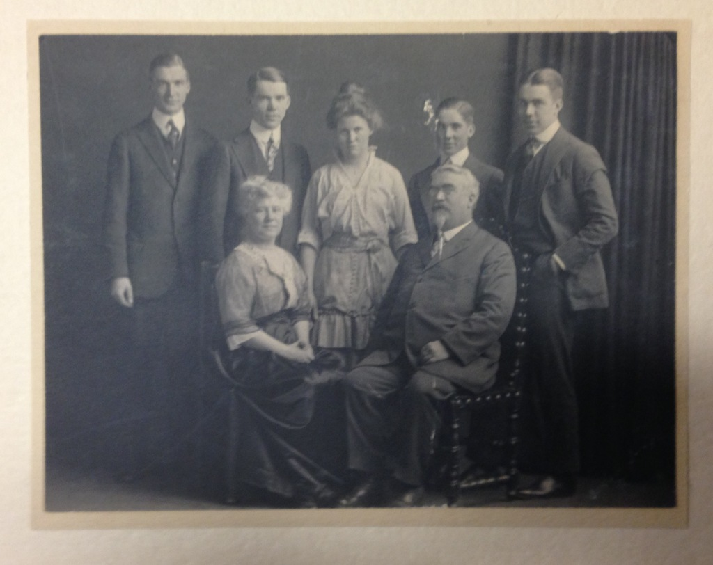 The Lester Family (General J.W., wife, children)